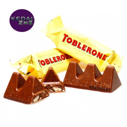 Chocolate TOBLERONE Swiss Milk Chocolate with Honey and Almond Nougat Minis 1 Piece Coklat